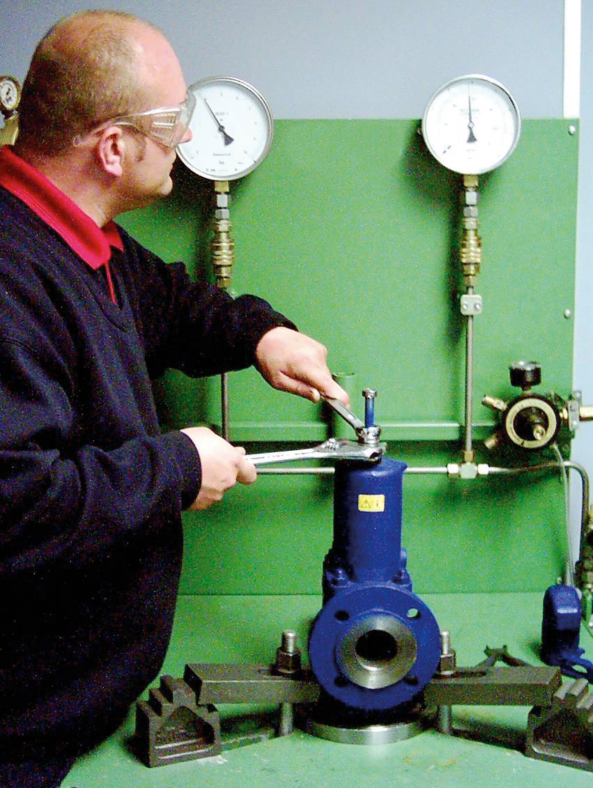 A full safety valve setting service is available from Valves Instruments Plus Ltd. We are one of only a few UK companies to offer this service.